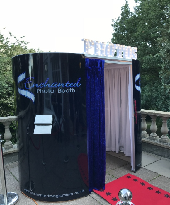 enchanted photobooths