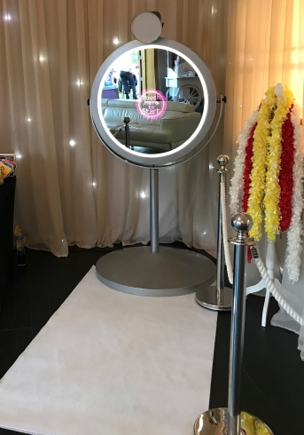 enchanted beauty mirror booth magic mirror